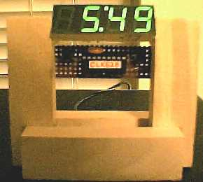 Desktop clock using 16F628