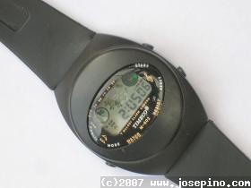 LCD watch with alarm