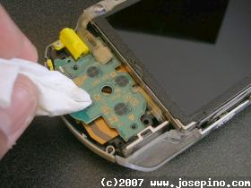 cleaning the PSP